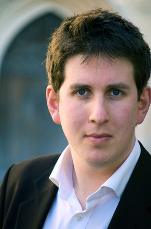 Laurence Blyth, choral conductor based in Devon, UK